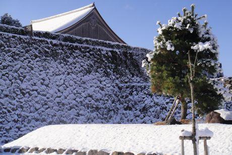 雪の城跡−1.jpg